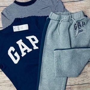 Baby Gap Boys size 2T 3pc set